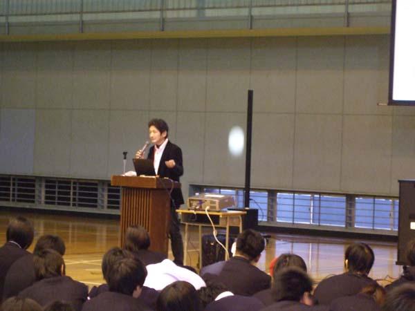 立川市昭和第一学園高等学校での講演1