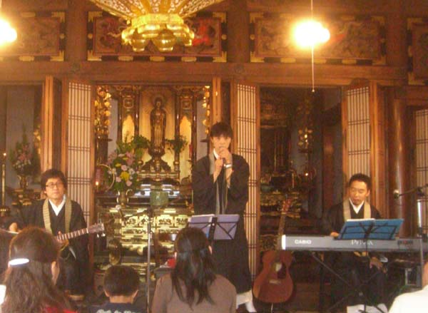 青柳林さん、鈴木君代さん、天白真央さん